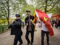 1445356125-free-tibet-protesters-clash-with-prochinese-supporters-in-london_8843428